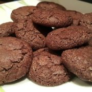 двойно шоколадови бисквити