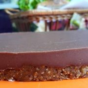 surova_shokoladova-torta